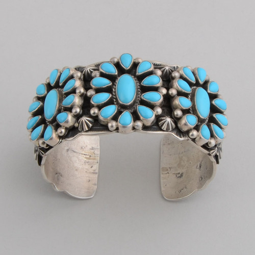 "Classical ""daisy"" Turquoise cluster cuff."