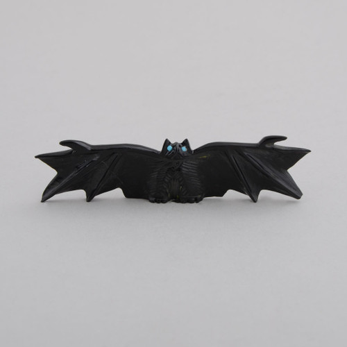 This little bat fetish will protect your nights!