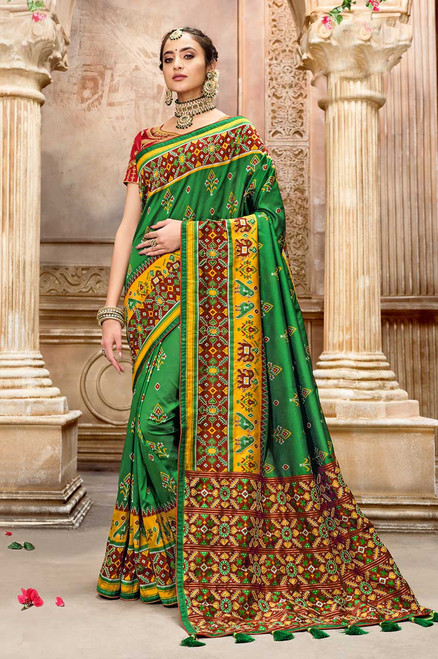 Green Color Patola Silk Saree (S0672)