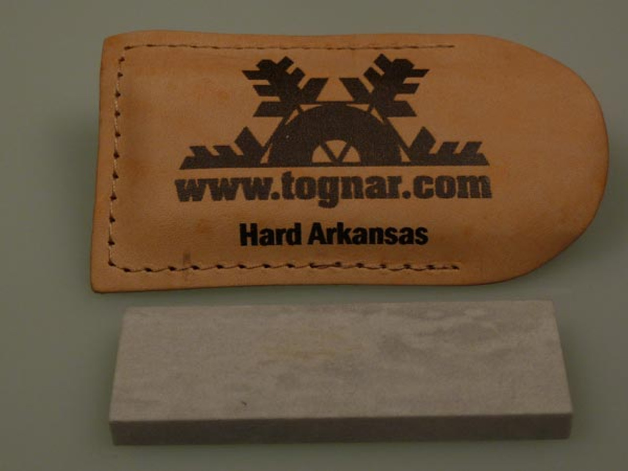 TOGNAR HARD ARKANSAS STONE- 3'