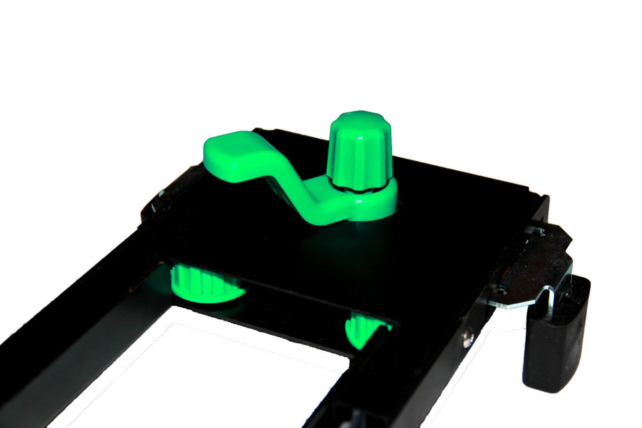 Auto-centering clamp