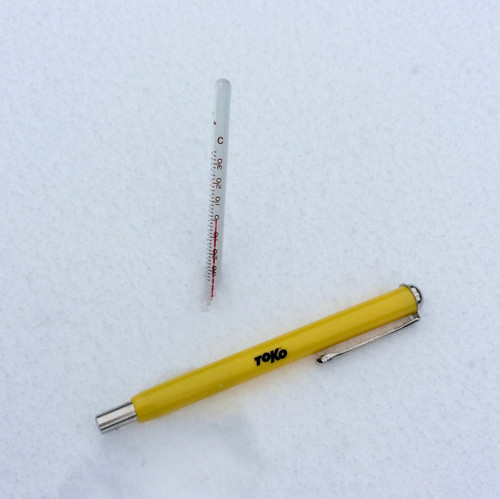 Toko Analog Snow Thermometer in use