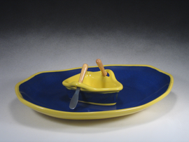 Blue & Yellow Boat on a Pond Gift Set