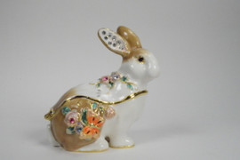 Ms. Serenity Rabbit Jewelry Box with Necklace