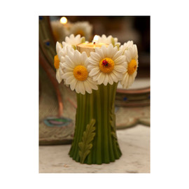 Daisy and Ladybug Bouquet Tea Light