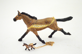 Light Thoroughbred Horse Jewelry Box with Necklace