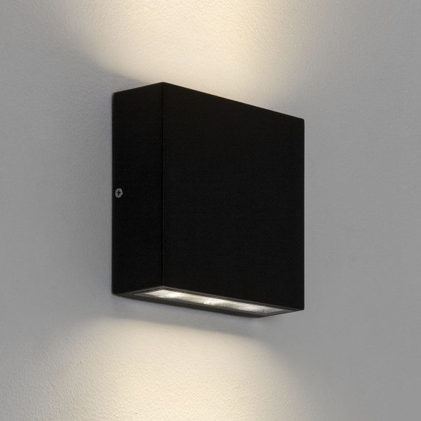 Elis Twin LED in Textured Black