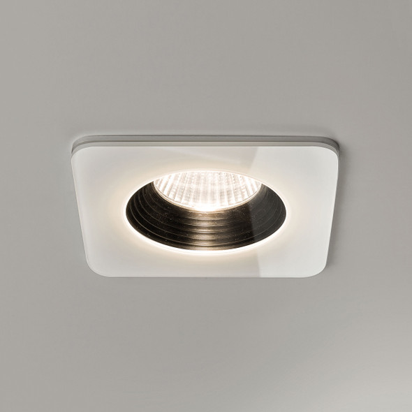 Vetro Square Fire-Rated in White
