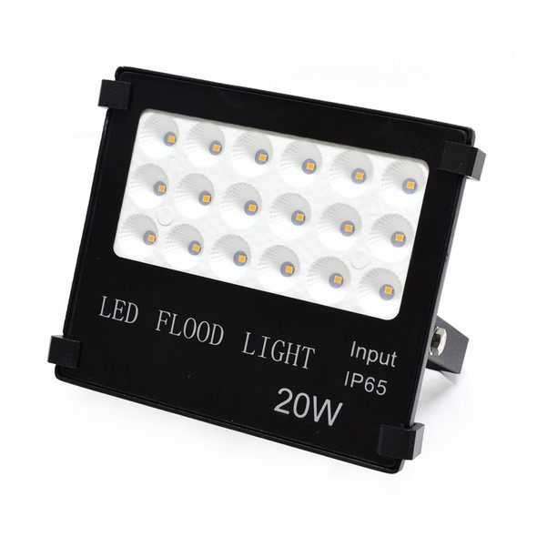High Output LED Outdoor IP66 Security Floodlight in Black 6000K