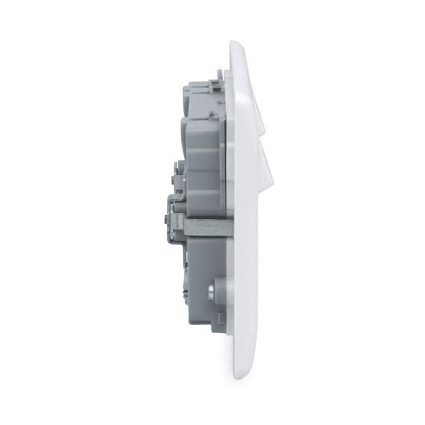 BG Nexus screwless flat plate single light switch, 1 gang, 2 way rocker.