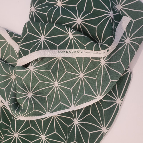 Geometric Hemp Leaf in Green- Chirimen, Kokka - (Sold by the 1/4 meter)