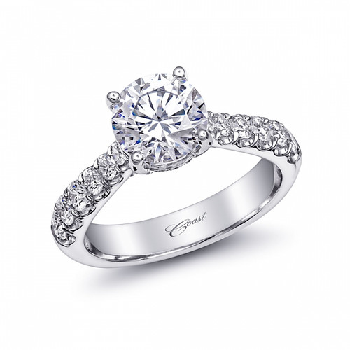Fishtail Engagement Ring Setting (0.65ctw) with matching Wedding Band