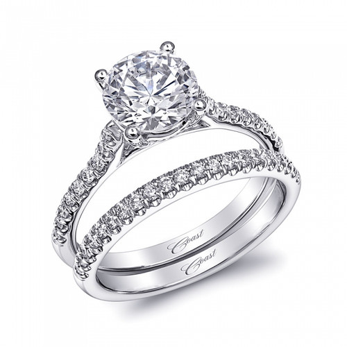 Fishtail Engagement Ring Setting (0.16ctw) with matching Wedding Band