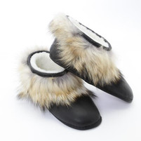 Women's Grenier Shearling and Coyote Black Slippers