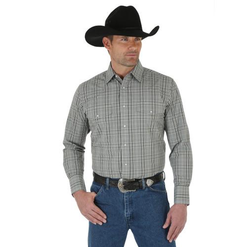 Men's Wrangler Wrinkle Resist Khaki and Black Shirt