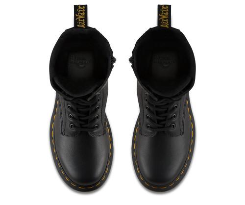 trevligt billigt Lagra Storbritannien Dr. Martens Women's 1B99 Black Virginia Boot - Herbert's Boots and ...