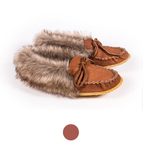 Women's Hides in Hand Buffalo Moccasin with Faux Fur and Crepe Sole
