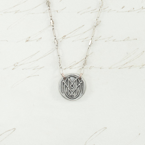 MOM - Attached Chain
