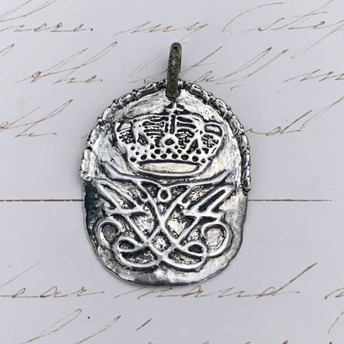 King Frederick IV - Top Detail