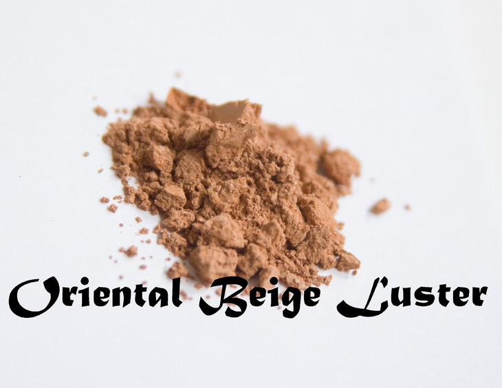 Pure silk. Not at all shimmery, oriental beige luster is a perfect base color for mixing that perfect nuetral all over lid color. We like to blend Oriental, Tan Opal and Moonstone for an everyday shadow.