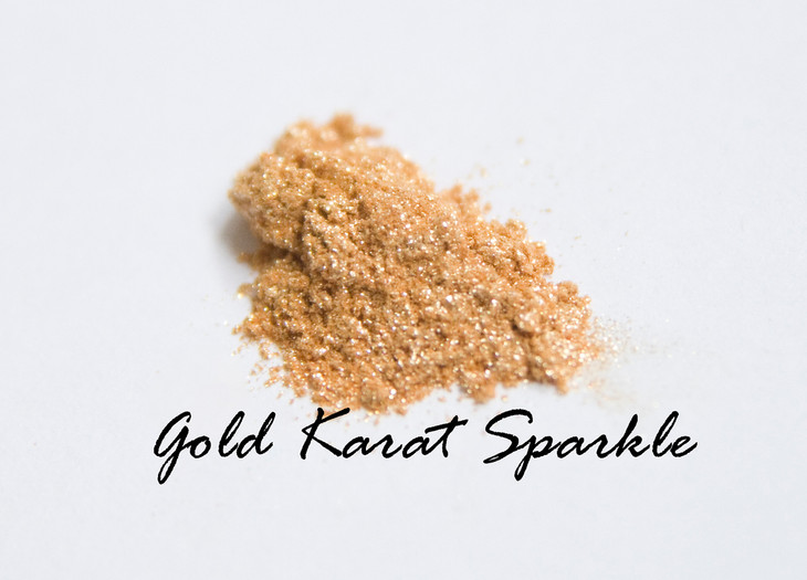 Think Aztec Princess. Intense flakes of gold dusted to your face for a beautifully polished look.