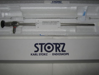 26003 BA KARL STORZ. HOPKINS ® Forward-Oblique Telescope 30°, enlarged view, diameter 10 mm, length 31 cm, autoclavable, fiber optic light transmission incorporated, Color Code: Red (EA)