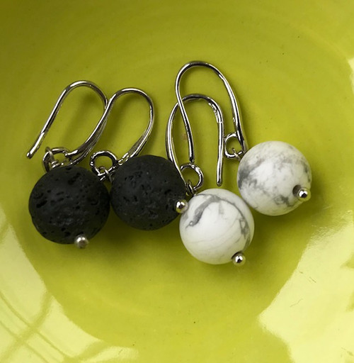 Nickel Free Silver and Agate stone drop earrings.