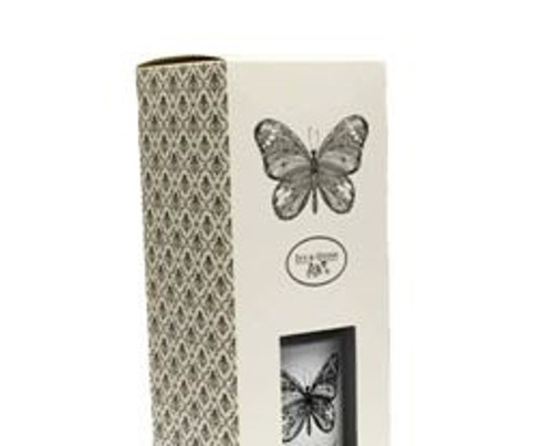 Ivy & Quinn Lily of the Valley Scented Candle