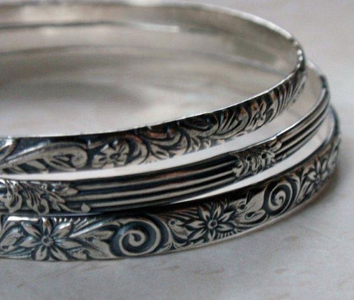 Bangle: Floral printed wire
