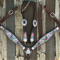 Blooming Cactus Set With 4 Square Conchos