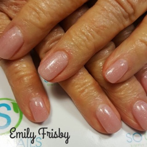 Educator Emily Frisby from Camp Verde, AZ created this classy natural gel set using SO Simple cover pink hard gel in the pot.