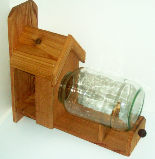 Basic Squirrel Feeder (FREE SHIPPING)