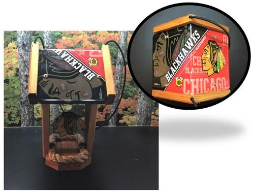Chicago Blackhawks License Plate Roof Bird Feeder (SI Series)