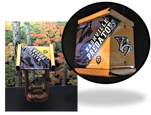 Nashville Predators License Plate Roof Bird Feeder (SI Series)