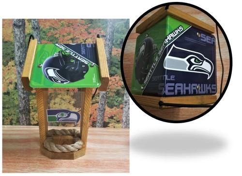 Seattle Seahawks License Plate Roof Bird Feeder (SI Series)