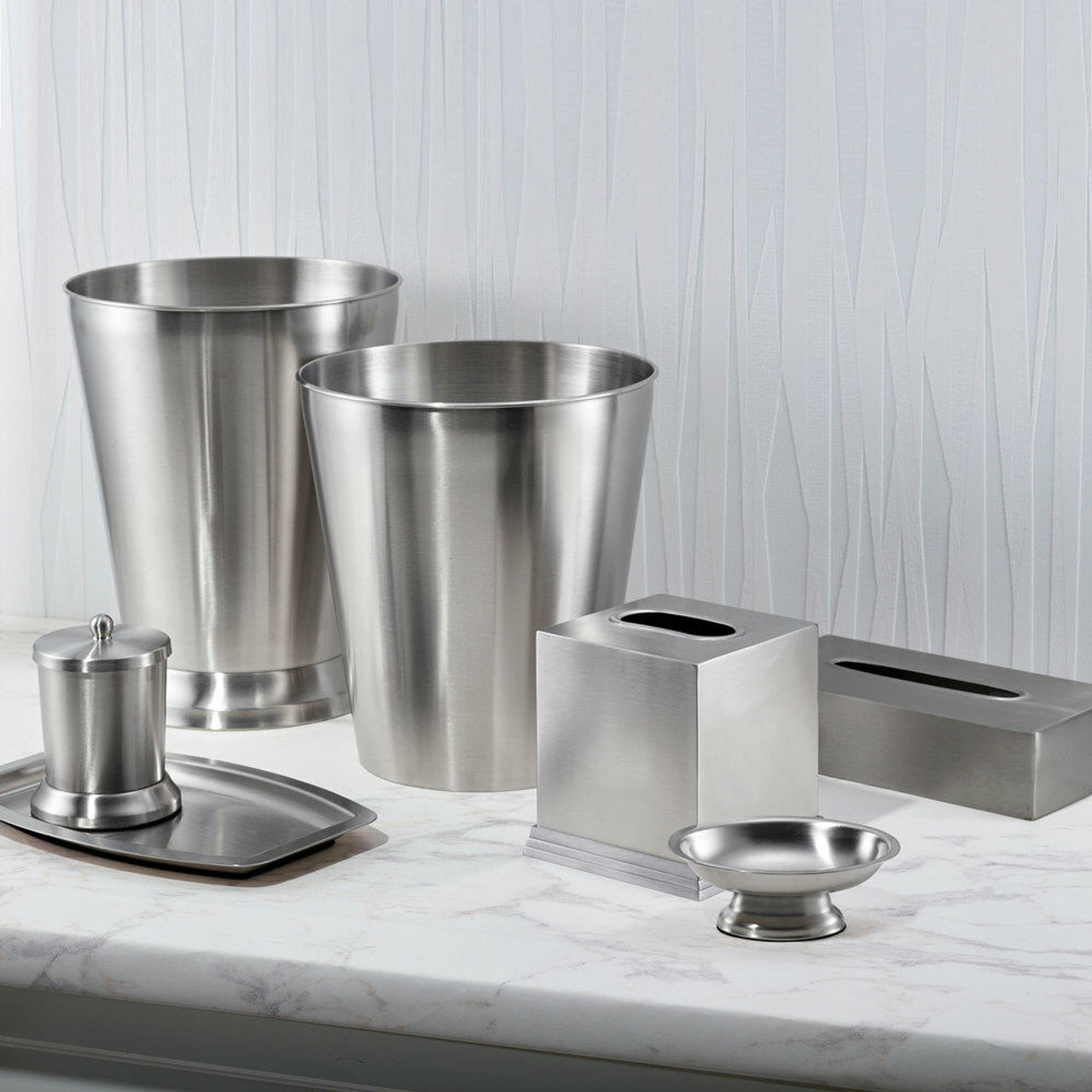 Focus Product Group Pewter a Stainless Steel Bath Accessory 4-piece Collection
