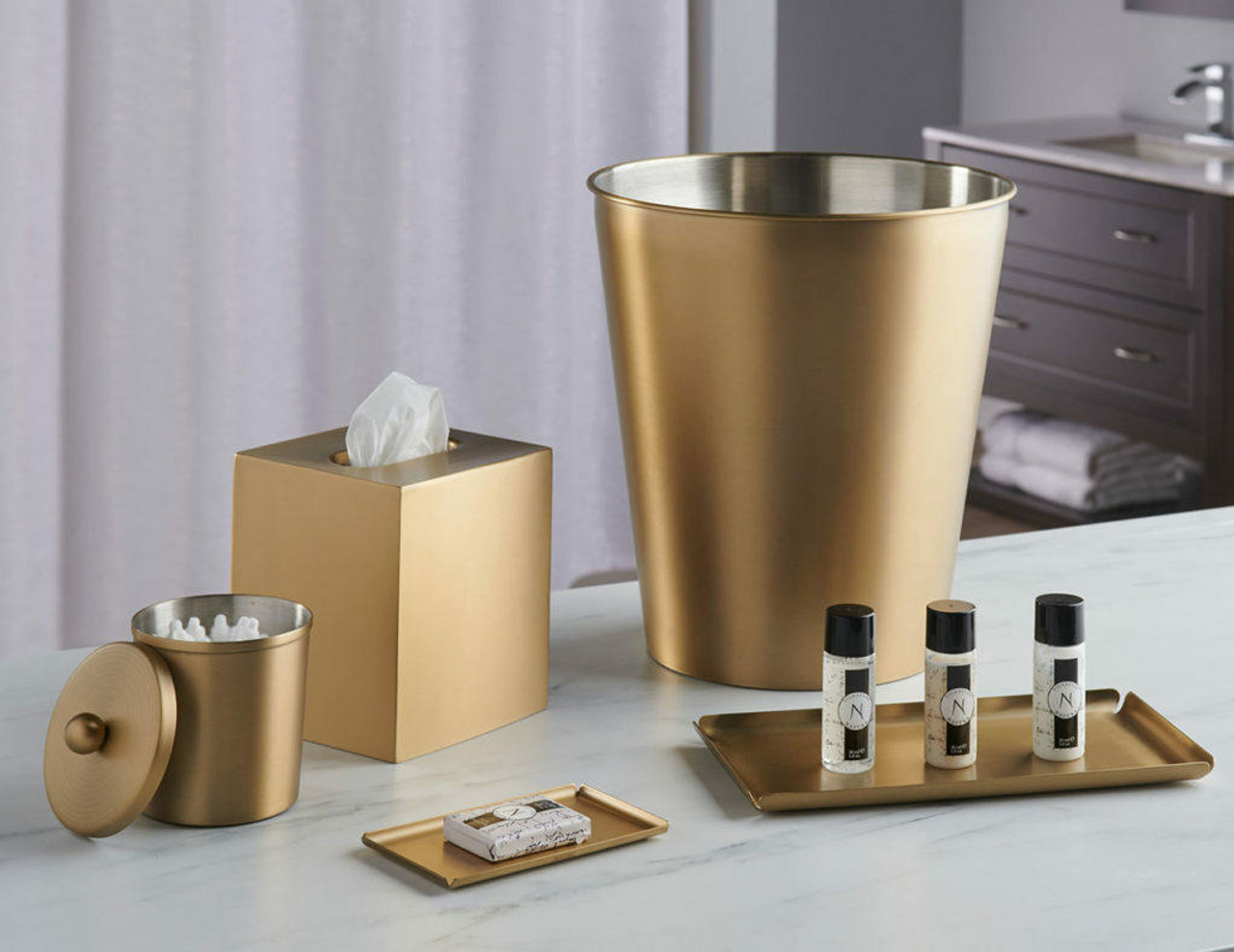 Focus Product Group The stylish Cairo bath collection