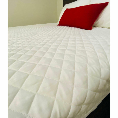 Ganesh Mills or Oxford Super Blend GANESH DIAMOND CHECK or QUILTED BED TOPPER or 100percent POLYESTER WHITE