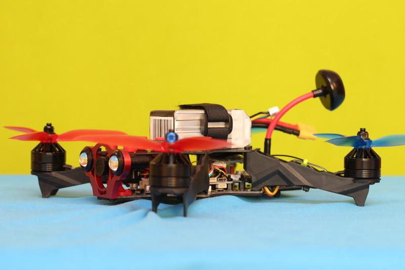 Tattu-R-Line-4s-installed-on-Eachine-Racer-250-Pro