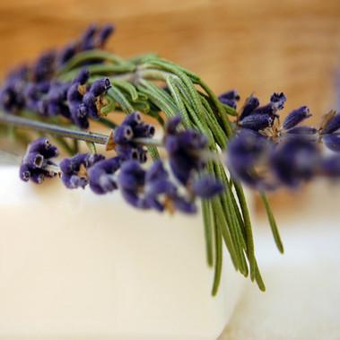 Raw Ingredients - Fragrances - All Natural Fragrance Oils