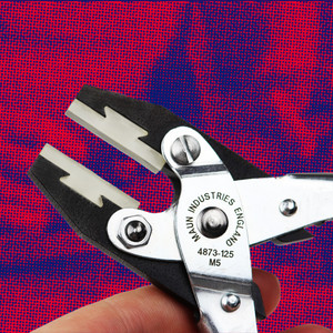 Soft Plastic Jaws Flat Nose Parallel Plier 125 mm | Maun