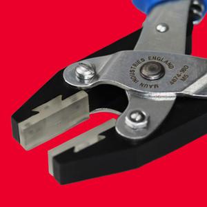 Soft Plastic Jaws Flat Nose Parallel Plier Comfort Grips 160 mm | Maun