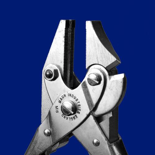 Side Cutter Parallel Plier Autoclave Safe 160 mm   Maun
