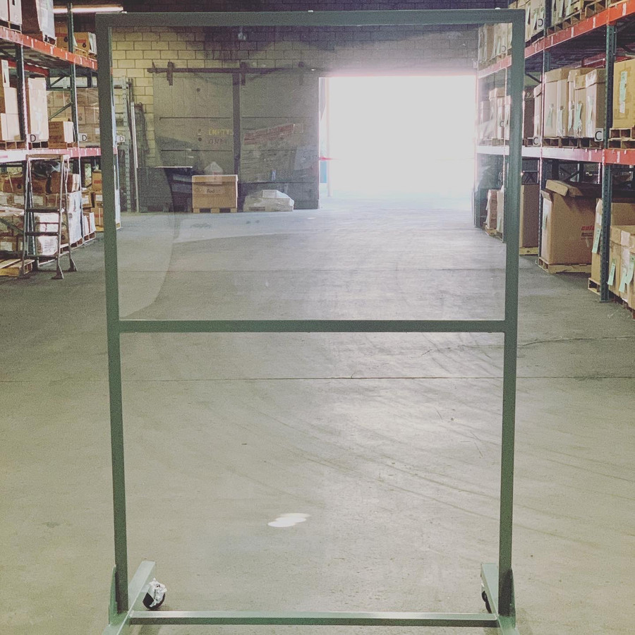 LINCO Mobile Social Distancing Barrier - Employee Separartion Stand