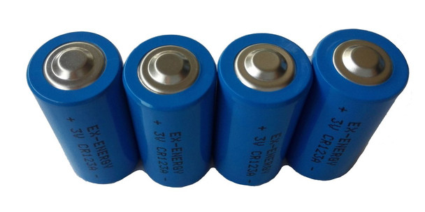 Dakota Transmitters Replacement Lithium CR123 batteries - 4 pack