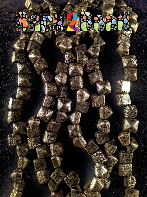 8MM Old Steel Etch ( 18549 ) BeadStudz - 2-Hole Czech Glass Pyramids ( 144 Pieces - 6 Strands )
