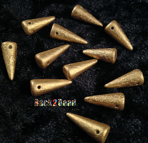 These Preciosa Czech glass Spike beads are 7mm at the base and 17mm long and they are top hole drilled horizontally. The Etching of these beauties give them a unique look.