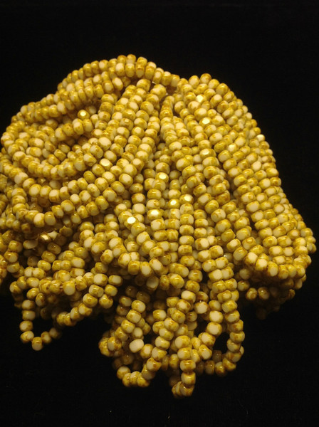 6/0 White / Picasso Fire Polish Cut Seed Beads ( .250 )