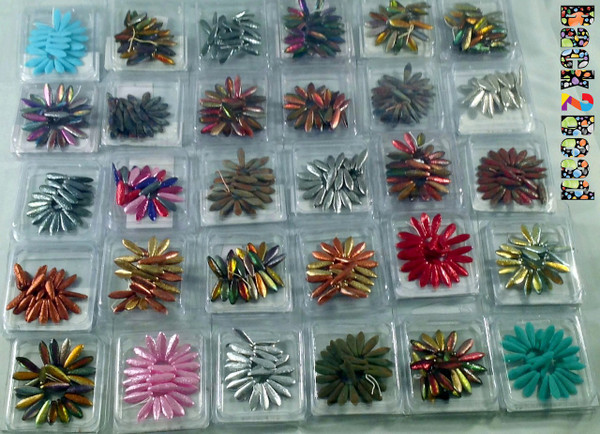 30 individually packaged Etch Daggers© of 25 pieces each ! Colors may change due to availability.