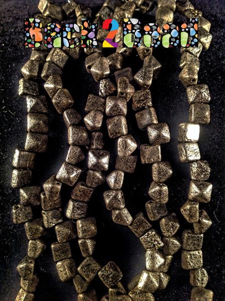 8MM Old Steel Etch ( 18549 ) BeadStudz - 2-Hole Czech Glass Pyramids ( 144 Pieces - 6 Strands )
